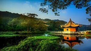 /data/www/taiji chenstyle cz/www/wp content/uploads/2021/01/Park Gazebo trees lake China 3840x2160