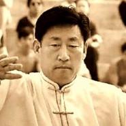Velmistr Čchen Siaowang demonstruje tchaj-ťi čchűan stylu Čchen